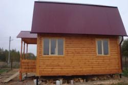 Дом и крыльцо на столбчатом фундаменте